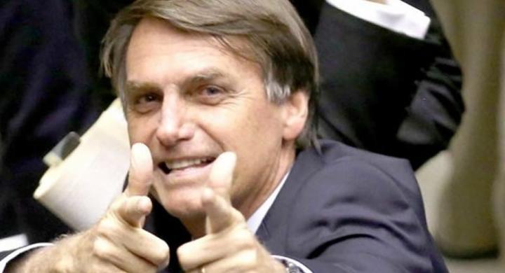 #Bolsonaro lidera corrida presidencial em pesquisa CNT/MDA
