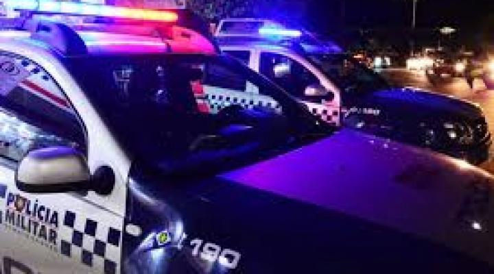 #Morador tem casa invadida, reage a roubo, atira e mata um dos assaltantes em MT