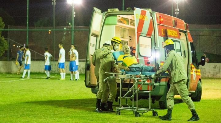 #Árbitro passa mal em campo e morre pouco antes de partida de futebol em Nova Mutum (MT)