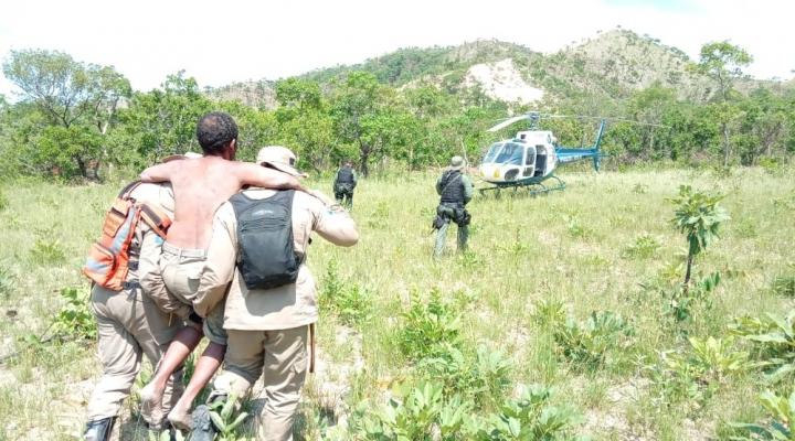 #Homem é resgatado de helicóptero após ficar perdido por 6 dias em mata em Cuiabá