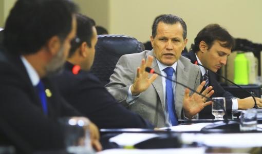 Ex-governador é condenado a 6 anos de prisão e a devolver mais de R$ 14 milhões aos cofres públicos de MT