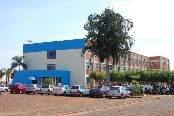 Empresários entram na Justiça para que prefeito autorize reabertura do comércio em Tangará da Serra (MT)