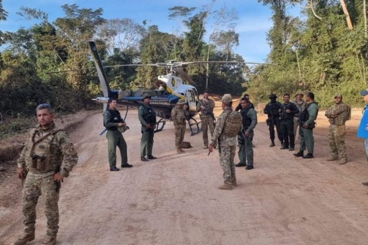 Helicóptero da PM intensifica varredura na tentativa de localizar ladrões de banco em MT
