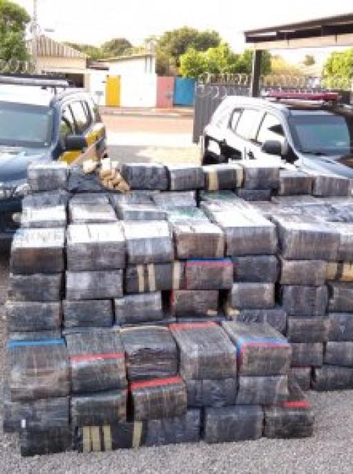 Polícia de MT auxilia na apreensão de 3,8 toneladas de drogas