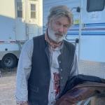 Ator Alec Baldwin dispara arma e mata mulher em set de filmagem