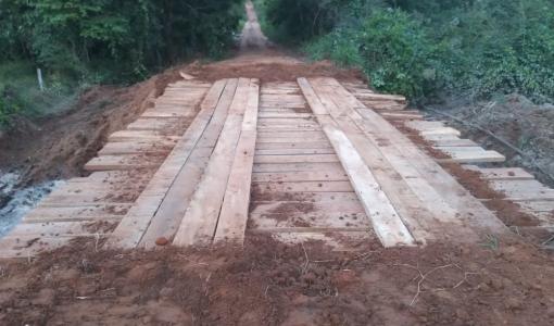 Vereador recebe pedido de comunidade e faz gestão por construção de ponte em Juína